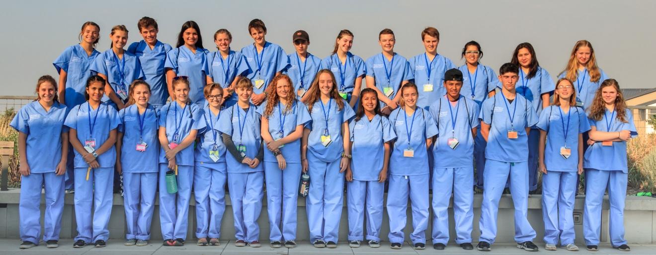 teens-in-scrubs